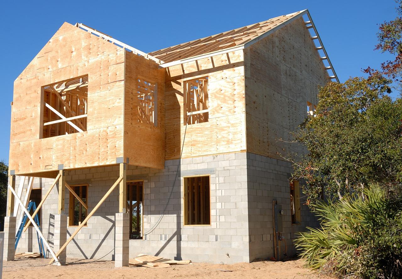 Kombinat budowlany czy majster – o jakości usług budowlanych